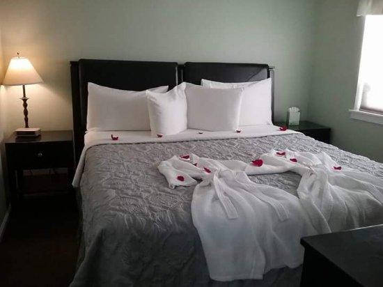 Nantucket Inn: FB_IMG_1504896808101_large.jpg