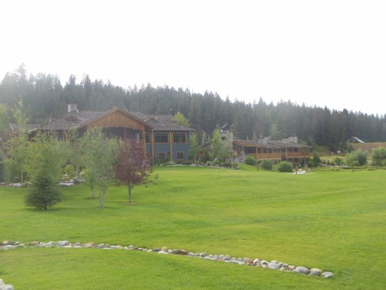 Gallatin Gateway, MT: View of Main Lodge Grounds From Rear of Property