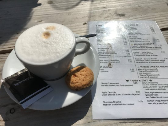 Loosdrecht, Nederland: Cappuccino, pretty good
