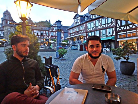 Braunfels, เยอรมนี: Disfrutando de la vista y de la compañia
