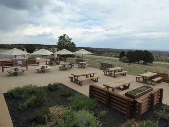 Far View Terrace Restaurant: South patio area