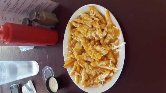 Belle Cote, Canada: Poutine is great with shredded cheese