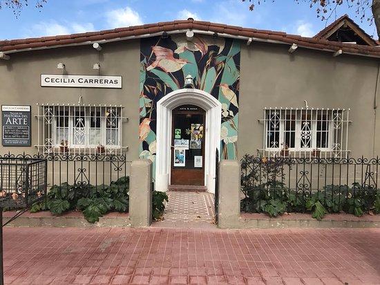 Atelier Cecilia Carreras sobre Mitre en Chacras de Coria