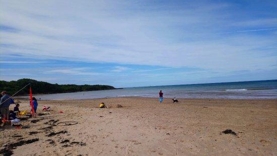 Traeth Lligwy: sand