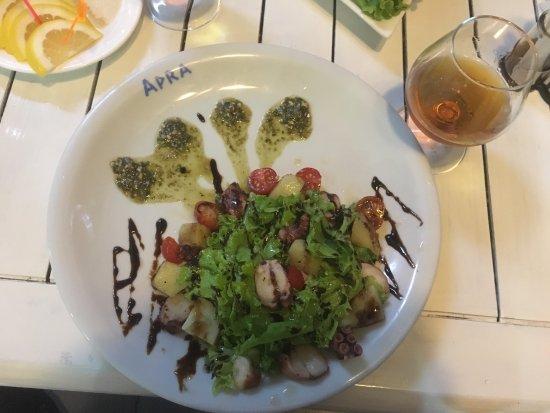 Restaurant apra sukhumi omd men om restauranger for Abkhazian cuisine