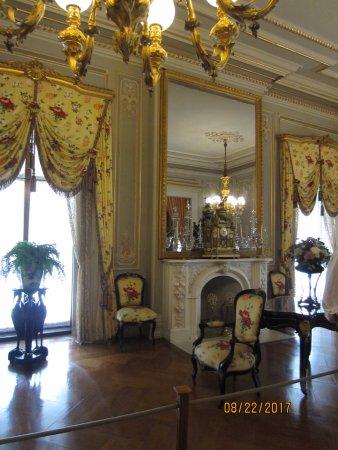 Newport Mansions: Splendid decor