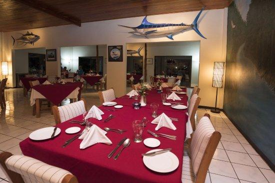 Crocodile Bay Resort - Restaurant