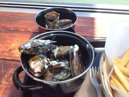 Mangonui, نيوزيلندا: NZ mussels