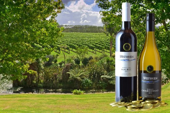 Waimauku, New Zealand: Gold Medal winning wines