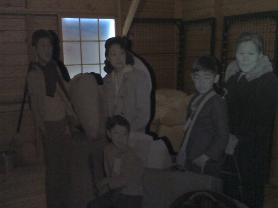 Powell, WY: Museum - Family just arriving display