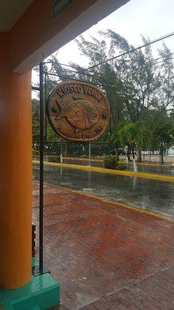 Puerto Juarez, Mexico: Insegna