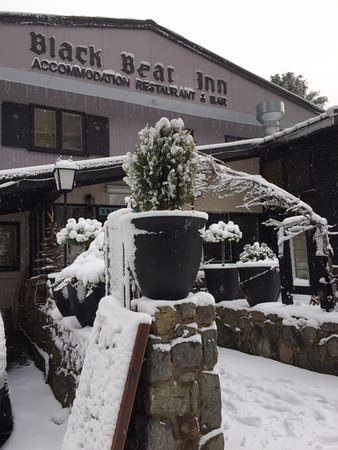 Black Bear Inn: Black Bear in Winter