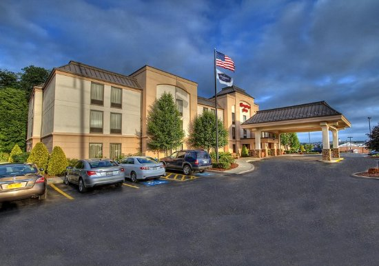 Johnstown, PA: Hotel Exterior