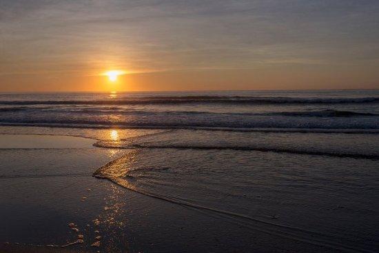 Hampton Inn & Suites Outer Banks / Corolla: Sunrise