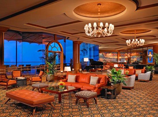 St. Regis Princeville Resort: St. Regis Bar