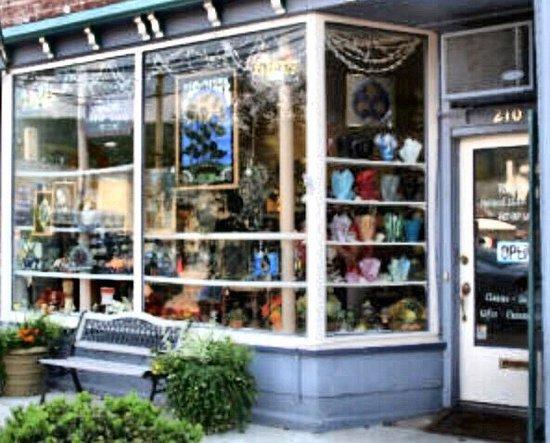 Owego, NY: Ruscak Stained Glass Studio