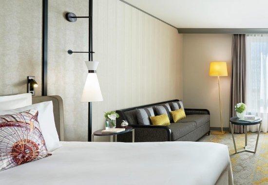 Renaissance paris la defense hotel la d fense recenzie for 60 jardin de valmy la defense