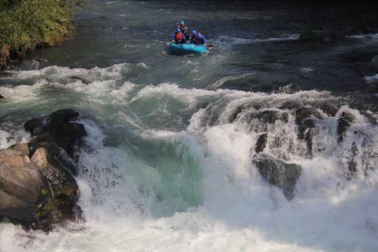 White Salmon, WA: Coming up on Husum falls - photo credit to Zoller's Outdoor Odysseys