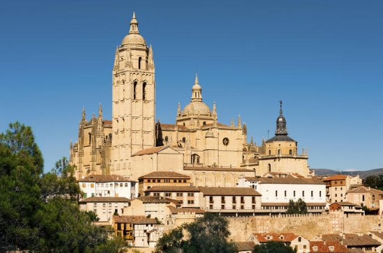 Pedraza and Segovia Tour with...