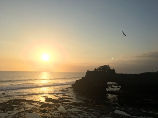 Bali Traditional Tours - Day Tours: Tanah Lot at sunset