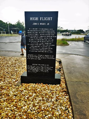 The Monument to a Century of Flight-Sanju-19