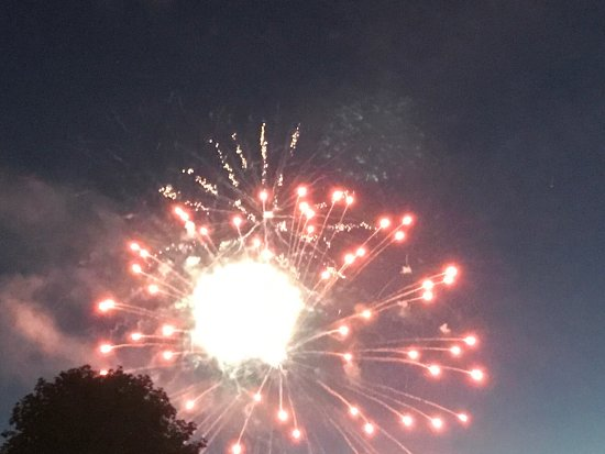 Boyne City, MI: Our photographs from breakfast, watching the fireworks from the front and sunset in the park acr