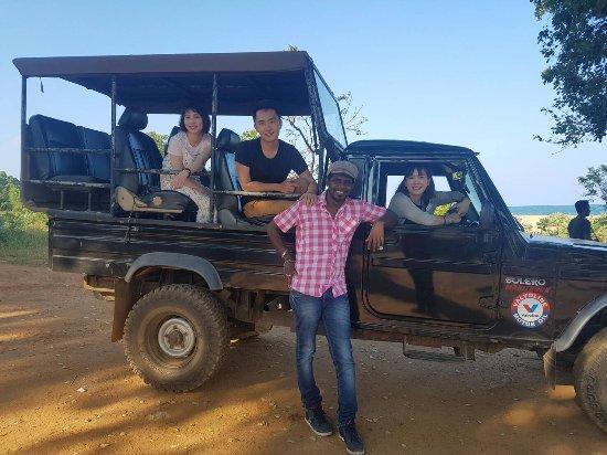 Omaari Lanka Tours