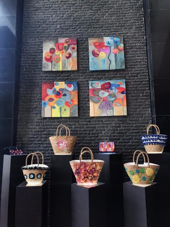 The Avenue Plaza Hotel: Avenue Plaza Hotel's collaboration with a local artist to uplift and promote Bicol culture.