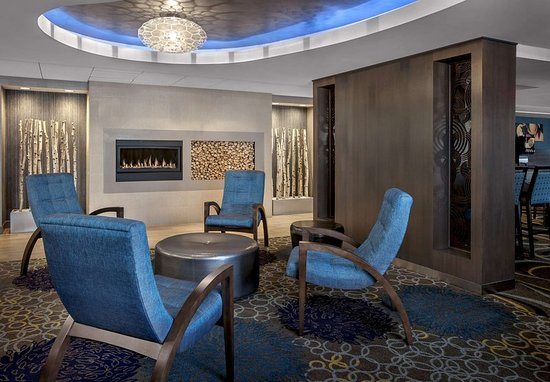fairfield inn suites lenox great barrington berkshires. Black Bedroom Furniture Sets. Home Design Ideas