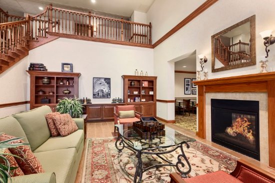 Country Inn & Suites By Carlson, Buffalo South I-90: lobby