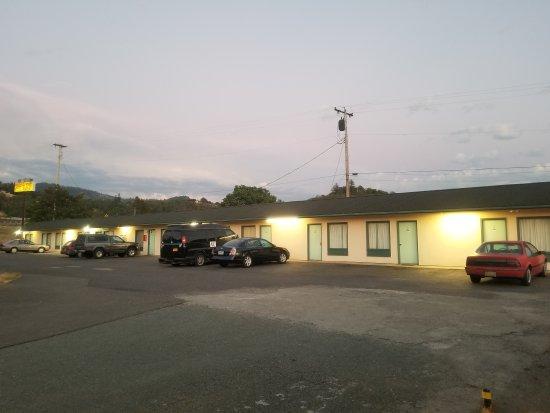 Myrtle Creek, Oregón: Quick Stop Motel & Market