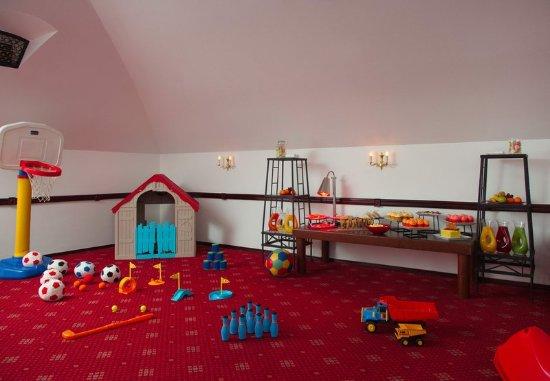 Moscow Marriott Grand Hotel: Kid's Corner