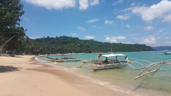 Port Barton, Filippijnen: Clean and Green Beach front.