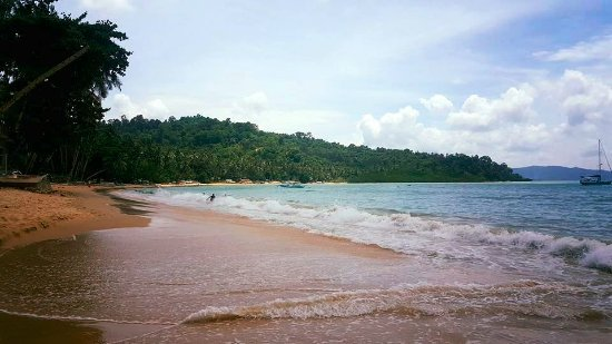 Port Barton, Filippijnen: Play with waves