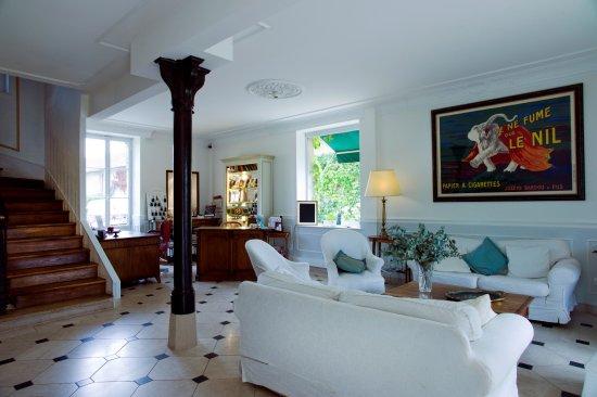 Hotel Le Home Photo