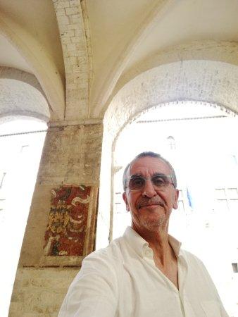 Narni, Ιταλία: Dentro alla loggia del Priorato restaurata