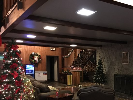 Burr Oak Lodge and Conference Center : Lobby