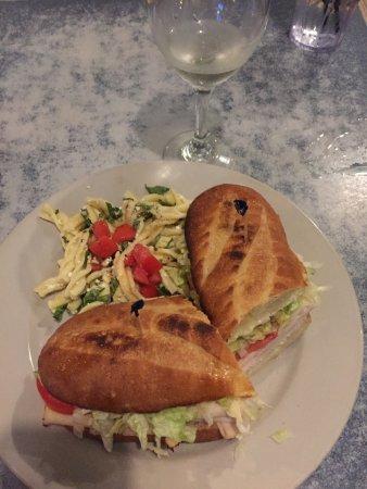 Island Pasta Coronado: Turkey Sandwich with side of pasta