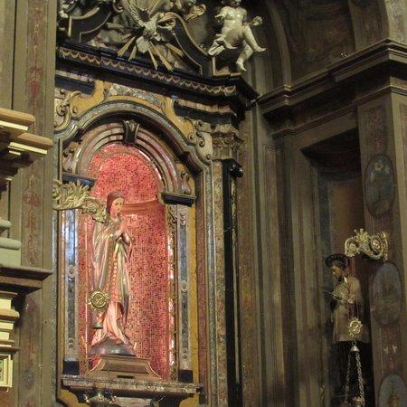 La Collegiata dei SS. Gervasio e Protasio : interno chiesa