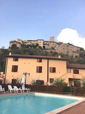 Arrone, Italy: veduta dalla piscina