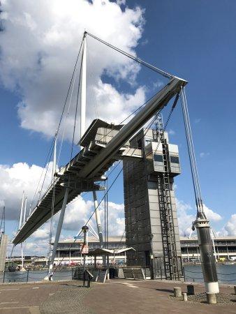 Royal Victoria Dock and Bridge: photo6.jpg