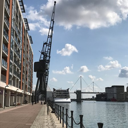 Royal Victoria Dock and Bridge: photo7.jpg