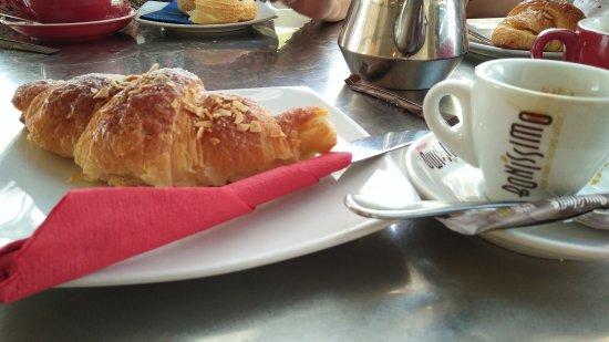 Le Croissant du Moulin: IMG20170909160111_large.jpg