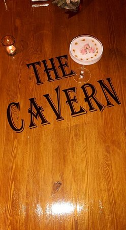 Msida, Malta: Cocktails at the Cavern