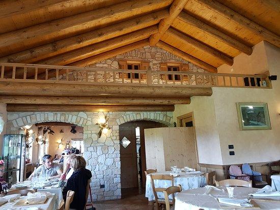 Agriturismo gruuntaal restaurant asiago restaurant for Asiago agriturismo