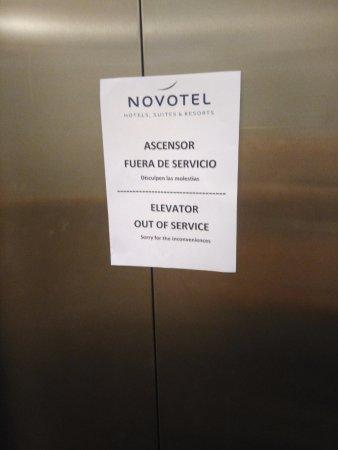 Novotel Madrid Puente de la Paz: edificio 8 plantas sin ascensor 3 dias