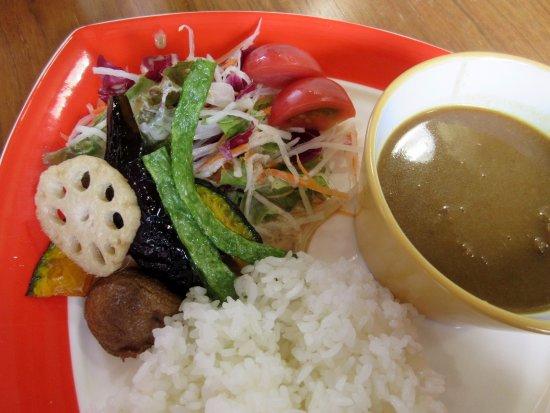 Inawashiro-machi, Japan: カレーセット。スープ付き。