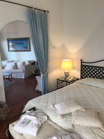 Hotel Monti di Mola: photo0.jpg