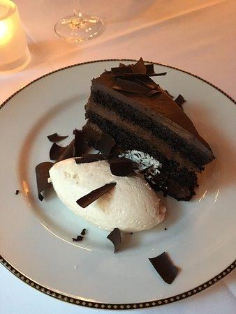 Redeye Grill: The chocolate cake