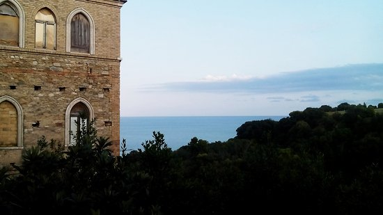 Torre di Palme, Italy: IMG_20170908_195202_large.jpg